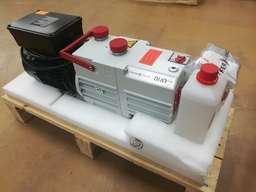Rotary vane pump DUO 10 M, 230 V